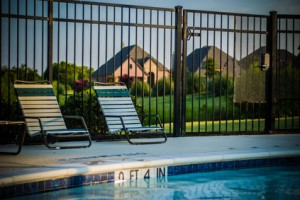 How-to-Choose-the-Right-Swimming-Pool-Fence-300x200